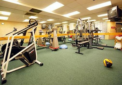 Comfort Inn & Suites Sea-Tac Airport - SeaTac - Gym