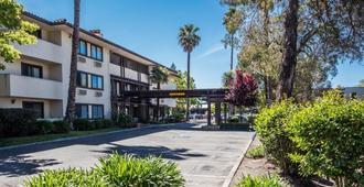 Hotel Santa Rosa - Santa Rosa - Building