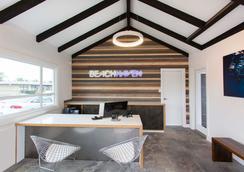 Beach Haven - San Diego - Lobby