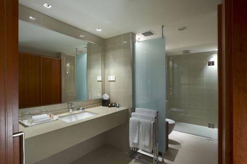 The Grace Hotel - Sydney - Bathroom