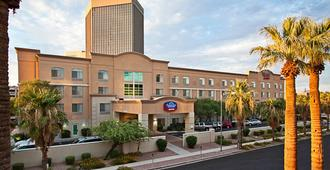 Fairfield Inn and Suites by Marriott Phoenix Midtown - Phoenix - Building