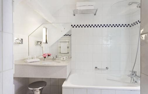 Hotel Le Colisee - Paris - Bathroom