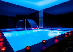 Hotel Felicien By Elegancia - Paris - Pool