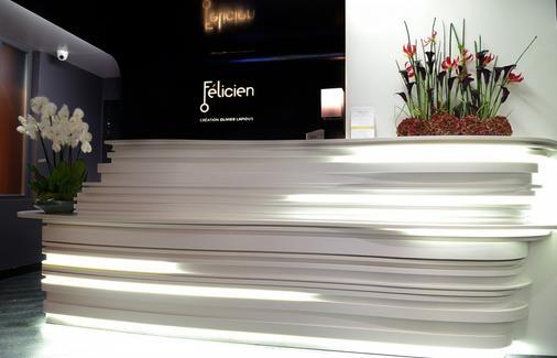 Hotel Félicien By Elegancia - Paris - Front desk