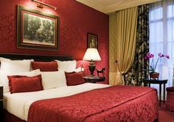 Hôtel Francois 1er - Paris - Bedroom