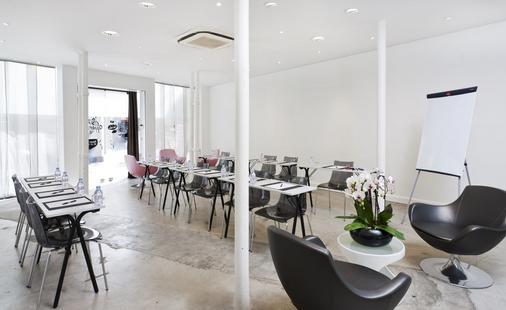 Hotel des Ducs d'Anjou - Paris - Meeting room