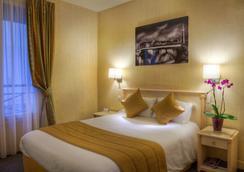 Hotel Louvre Sainte-Anne - Paris - Bedroom