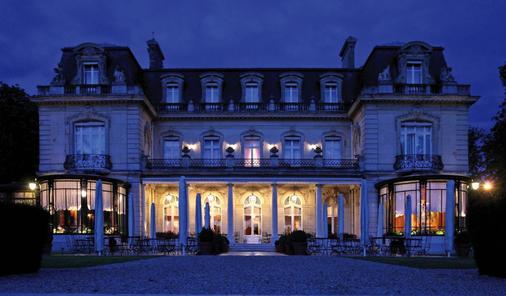 Chateau Les Crayeres - Reims - Building