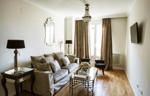 Gran Via Selection - Madrid - Living room
