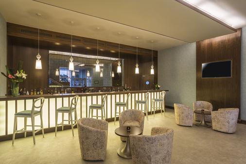 Hilton Garden Inn Tanger City Center - Tangier - Bar