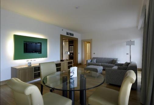 Hotel Midas - Rome - Living room