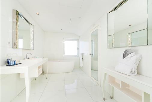 Ur Palacio Avenida - Adults Only - Palma de Mallorca - Bathroom