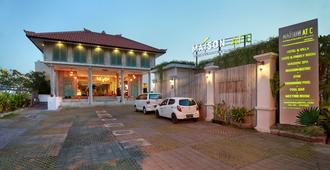 Maison At C Boutique Hotel and Spa - North Kuta - Building