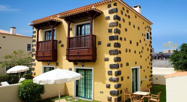 Hotel Isabel - Adeje - Building