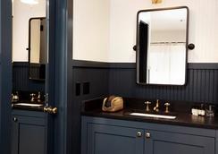 Anvil Hotel - Jackson - Bathroom
