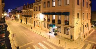 As Janelas Verdes - Lisbon - Building