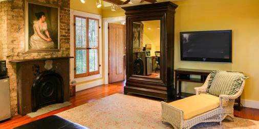 The Green House Inn - New Orleans - Living room