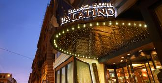 Fh Grand Hotel Palatino - Rome - Building