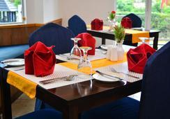 Unique Cottages - Nuwara Eliya - Restaurant