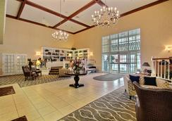 Comfort Suites Appleton Airport - Appleton - Lobby