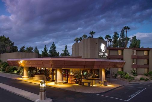 Doubletree by Hilton Phoenix- Tempe - Tempe - Building