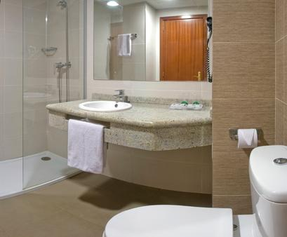 Eurosalou Hotel & Spa - Salou - Bathroom
