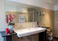 Hotel Schlicker - Munich - Bathroom