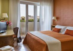 Suite Hotel Parioli - Rimini - Bedroom