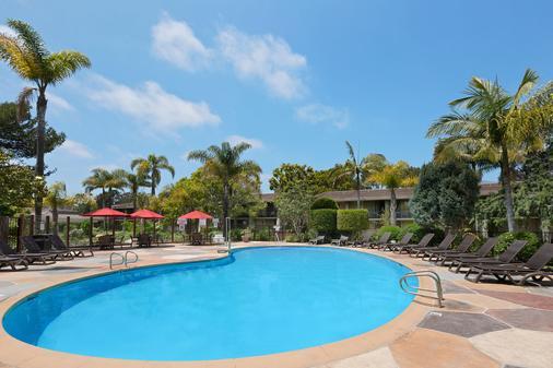 Ramada Santa Barbara - Santa Barbara - Pool