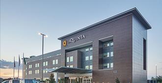 La Quinta Inn & Suites Plano Legacy Frisco - Plano - Building
