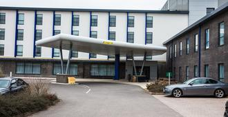 Hampton by Hilton Exeter Airport - Exeter - Building
