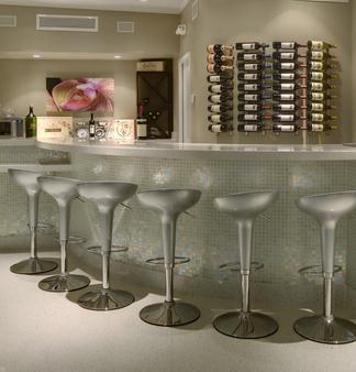 Orchid Key Inn - Key West - Bar