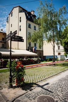 Saint Feder Hotel - Lviv - Outdoor view