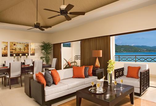 Secrets St. James Montego Bay - Adults Only Unlimited Luxury - Montego Bay - Living room