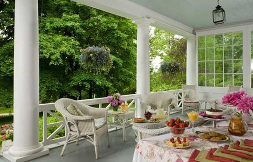 Birchwood Inn - Lenox - Balcony