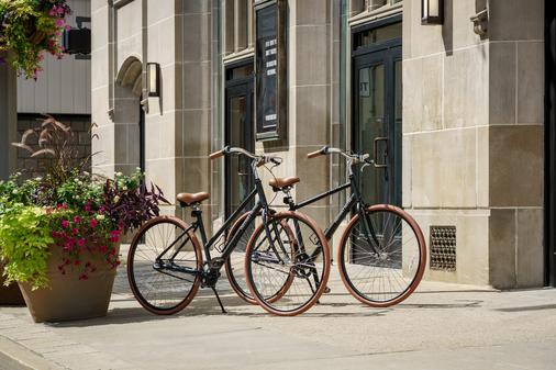 Distrikt Hotel Pittsburgh, Curio Collection by Hilton - Pittsburgh