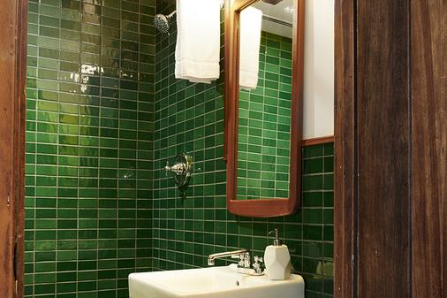 Freehand Chicago - Chicago - Bathroom