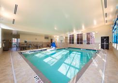 Hyatt Place Charleston Airport/Convention Center - North Charleston - Pool