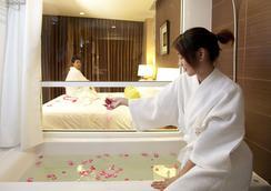 Lantana Resort Hotel - Bangkok - Bathroom