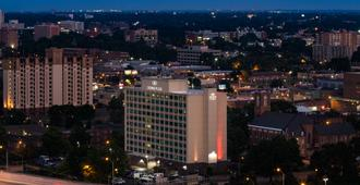 Crowne Plaza Memphis Downtown - Memphis - Building