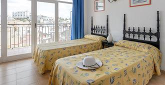 Hotel Don Quijote - Ibiza - Bedroom
