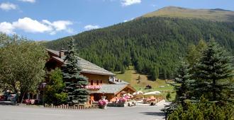 Paradiso - Livigno - Outdoor view