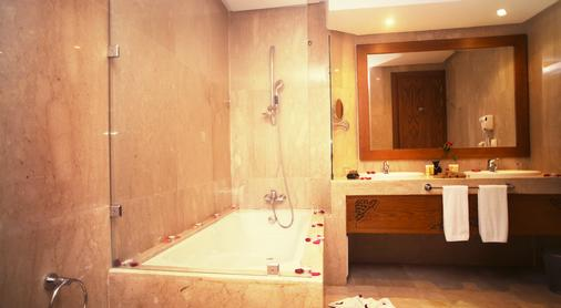 Grand Mogador Sea View & Spa - Tangier - Bathroom