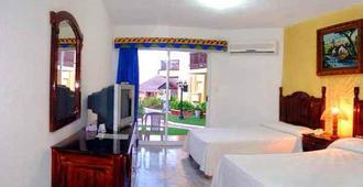 Imperial Las Perlas - Cancun - Bedroom